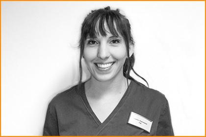 Tierarztpraxis Maul + Herget Mitarbeiterin 17
